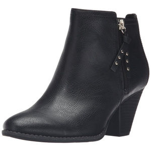 NWT Dr. Scholls Casey Ankle Boots